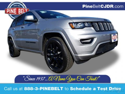 New 2020 Jeep Grand Cherokee Altitude 4WD 4D Sport Utility